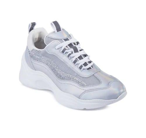 รองเท้าผ้าใบส้นสูง, รองเท้าผ้าใบสูง