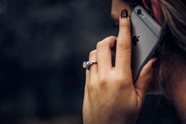 สีโทรศัพท์ที่ถูกโฉลก, สีโทรศัพท์ที่ถูกโฉลกประจำวันเกิด