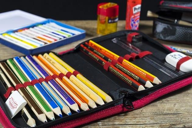 กล่องดินสอทรงกระบอก, กล่องดินสอล็อคได้