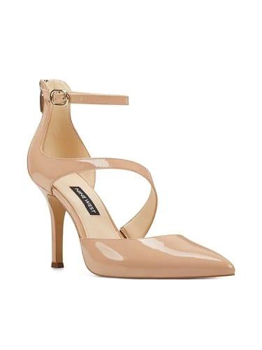 รองเท้าส้นสูงแฟชั่น, รองเท้าส้นสูงผู้หญิง