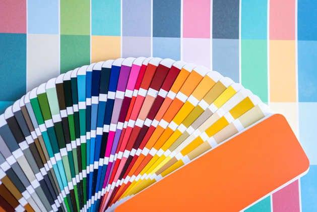 ความหมายของสีต่างๆ, ความหมายสีม่วง