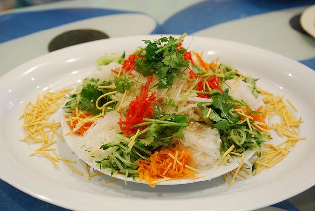 新加坡過年必吃魚生
