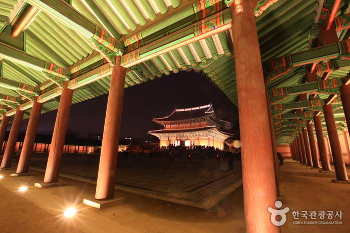 韓國古蹟昌德宮月光之旅