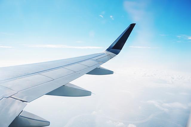 出國旅遊必備!7大類長途旅行好物,行李箱怎能少了它