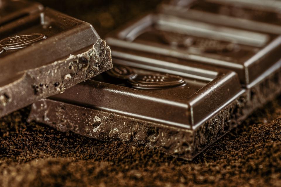 黑巧克力對降膽固醇很有幫助