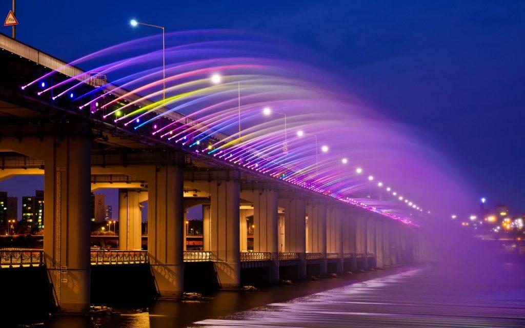 韓國自由行,盤浦大橋月光彩虹噴泉