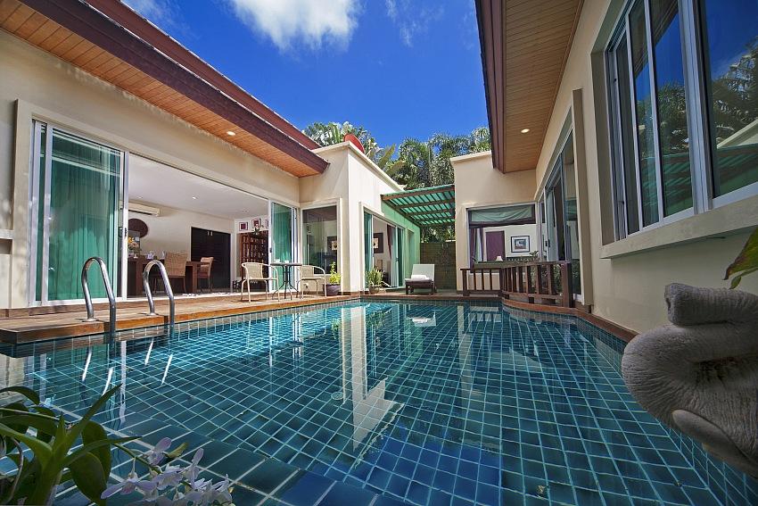普吉島必住!Booking.com推薦10大特色別墅,獨棟泳池villa超享受