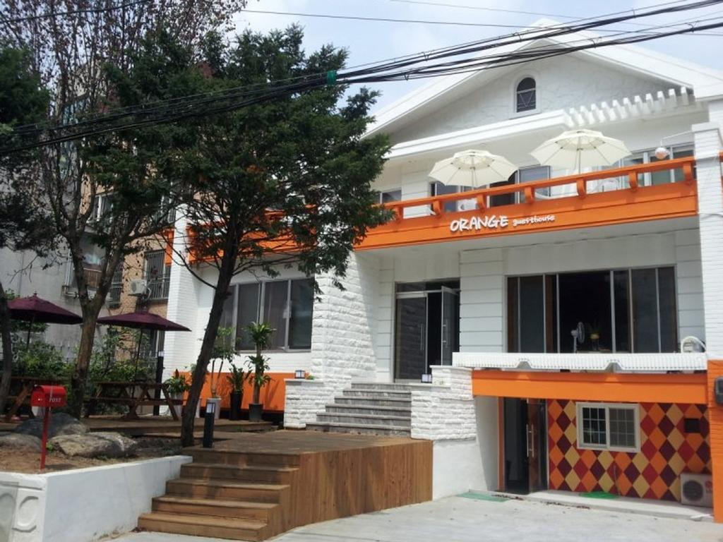 Hongdae-Orange-Guesthouse
