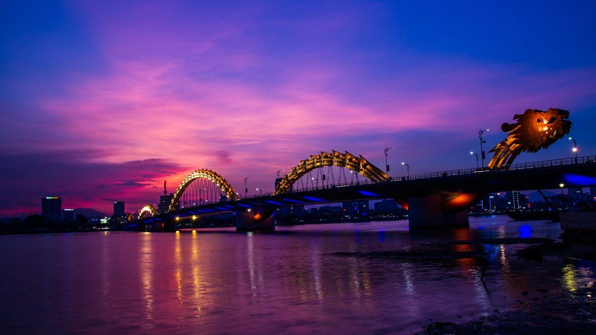 小資族度假勝地!擁有白色沙灘的越南峴港,必去旅遊景點推薦