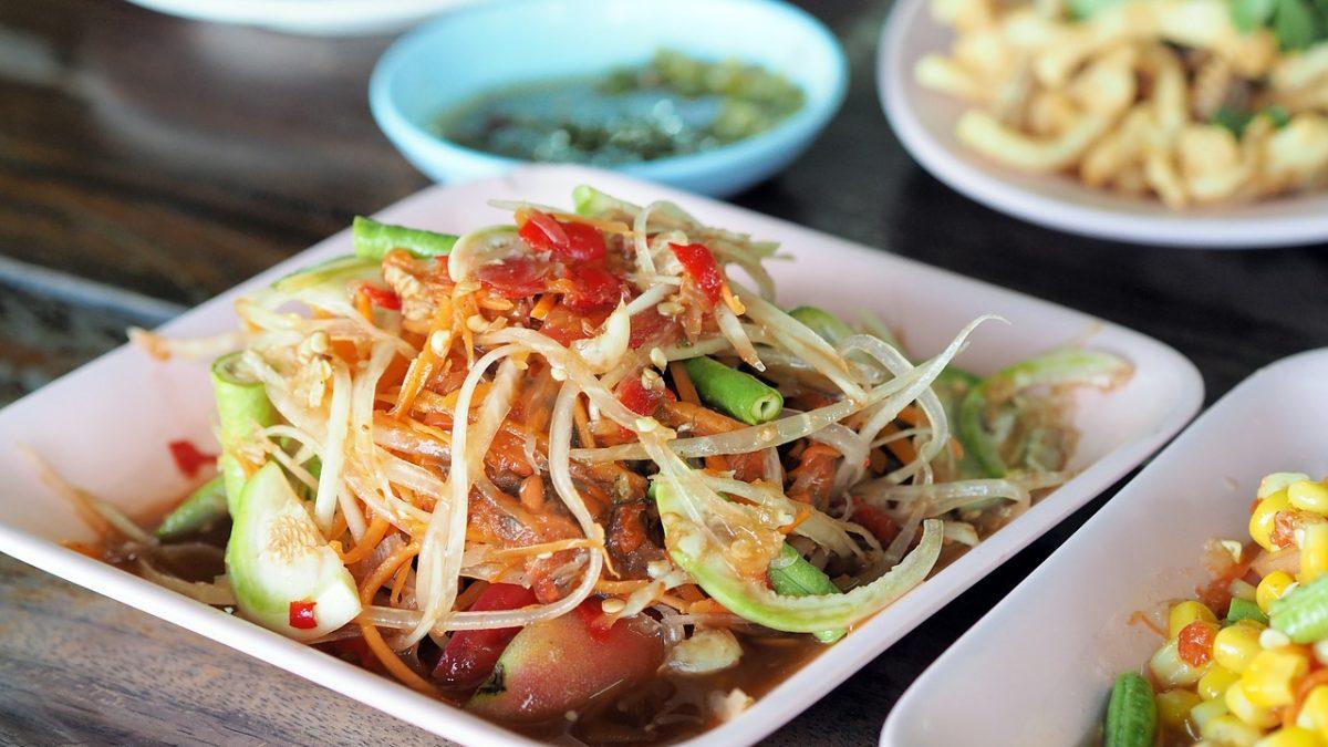 泰享吃!泰國曼谷人氣路邊攤小吃TOP10,在地人大推的必吃美食