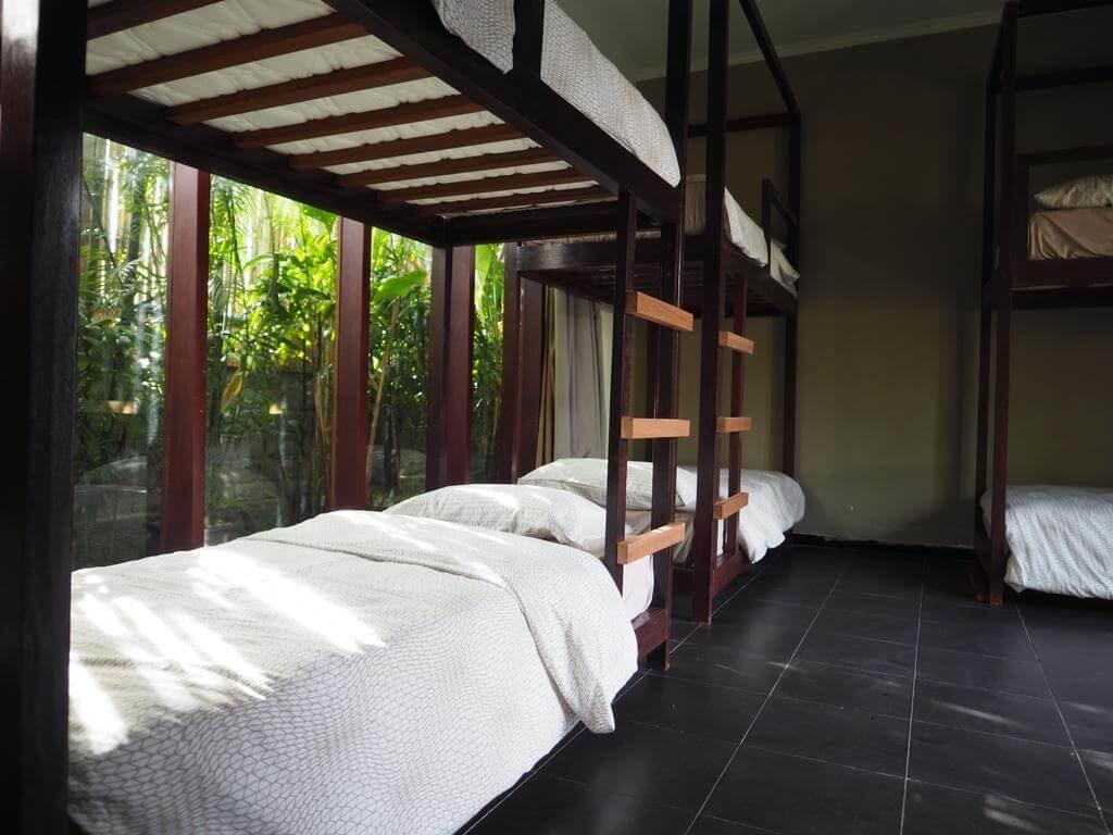 BOONSI Hostel