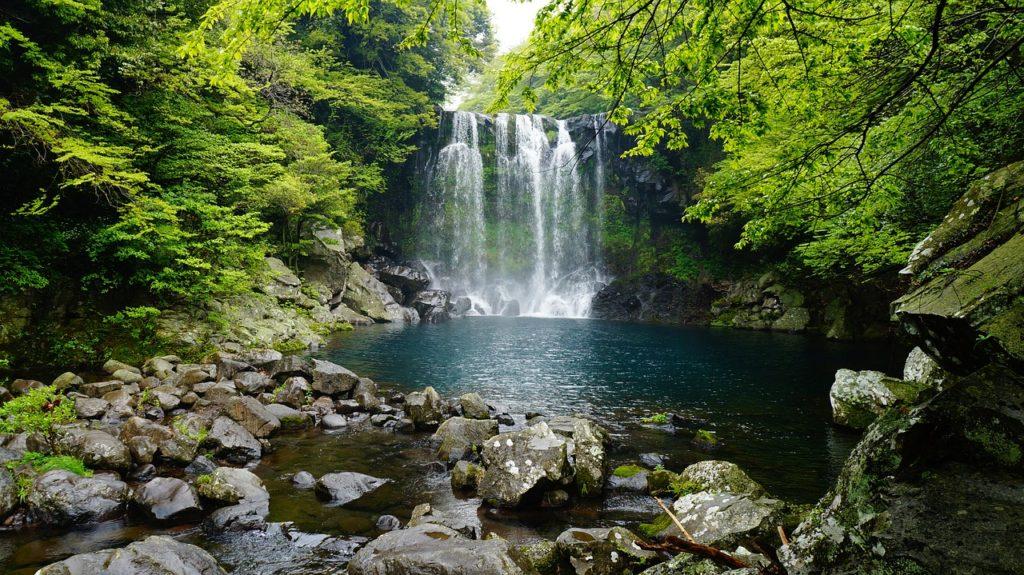濟州島天帝淵瀑布