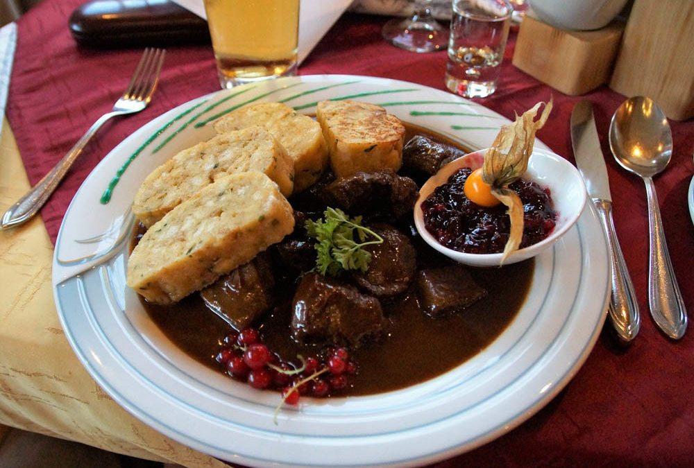 雙十連假變賢慧!零失敗法式紅酒燉牛肉食譜來啦,用炒鍋就能輕鬆做