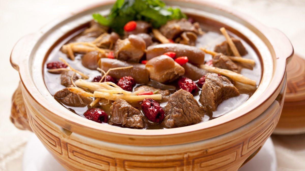 冬日進補攻略:5大冬天必吃養生料理,雞湯、羊肉爐…溫補強身有撇步