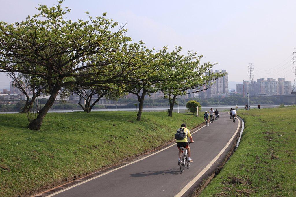 華中河濱公園