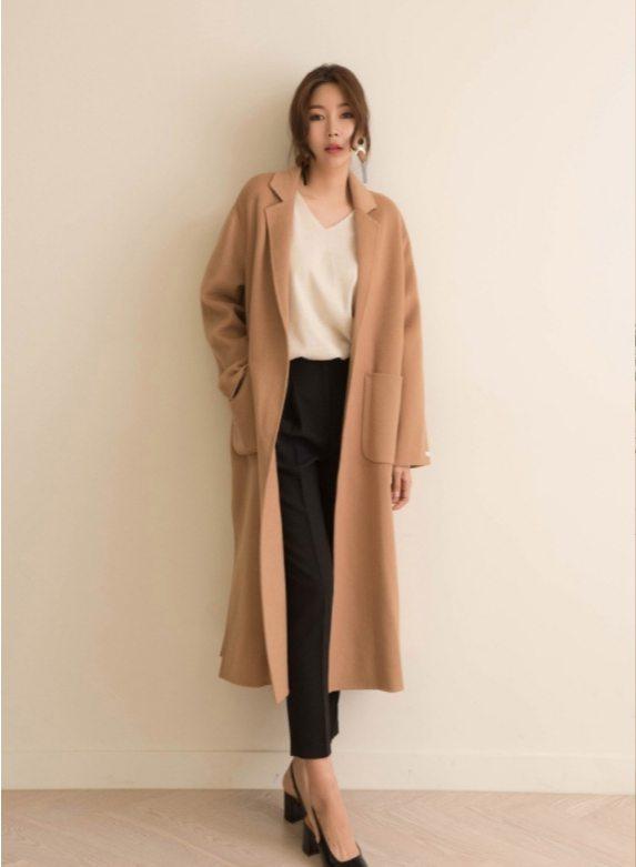 寬鬆駝色大衣