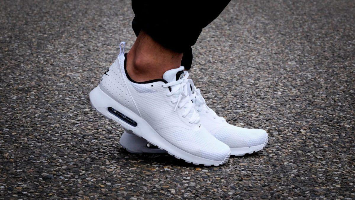 男女運動必備單品!經典Nike白鞋推薦