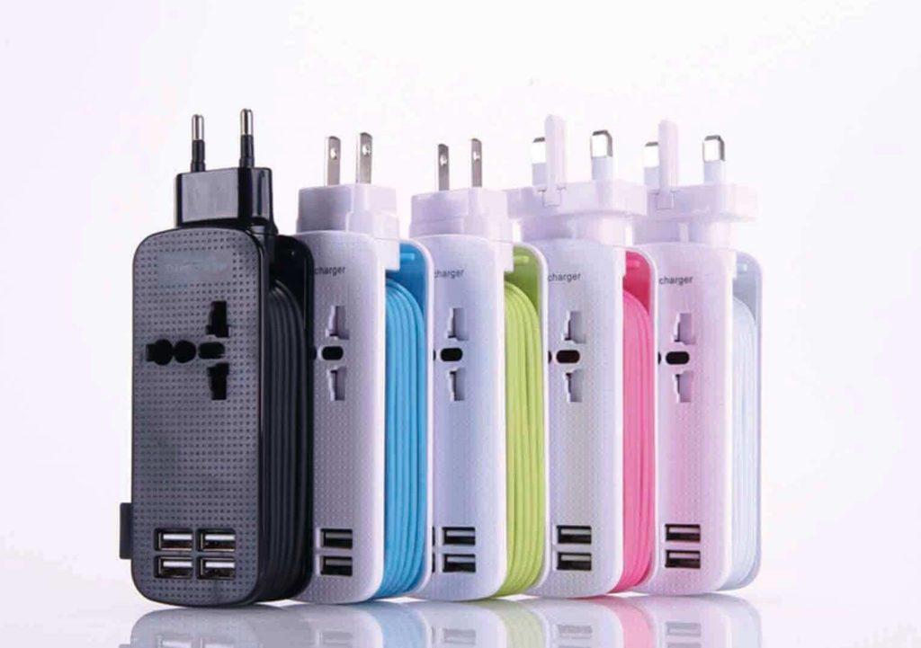 4孔USB延長旅行充電插座(各國適用)
