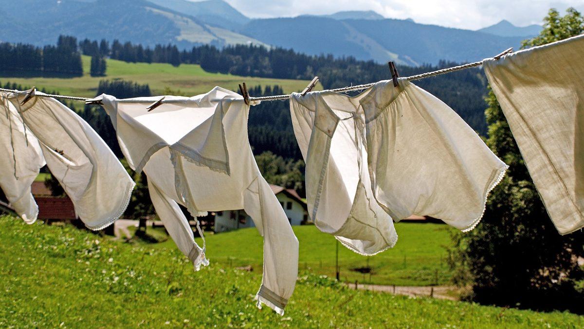 洗衣服好麻煩?網路洗衣店潔衣家,讓你省時又省力!