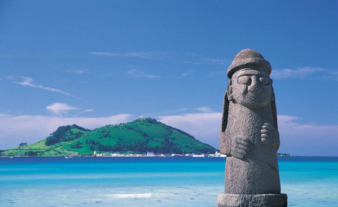 夏天玩水趣!韓國濟州島必去5大海水浴場、海灘景點推薦