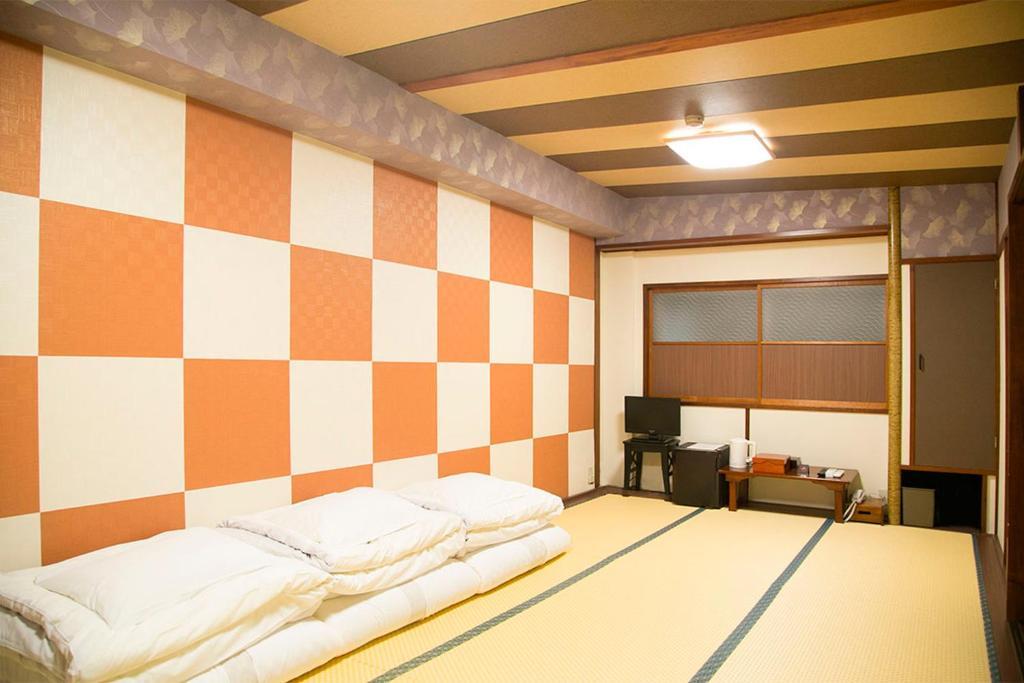 上野新伊豆飯店