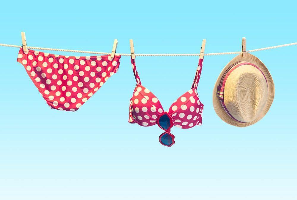 夏天海邊必備!比基尼怎麼挑 & 正確穿法技巧懶人包