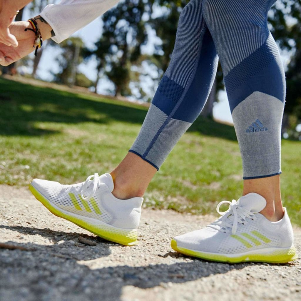 adida跑鞋