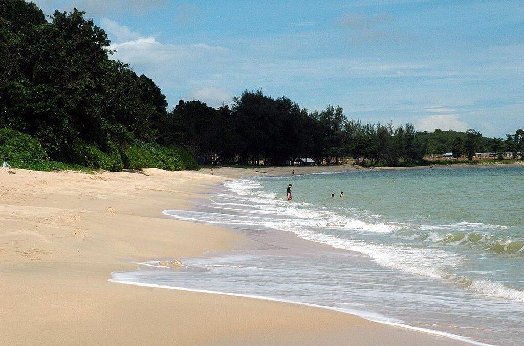馬來西亞全新旅遊景點!迪沙魯海灘吃喝玩樂一應俱全