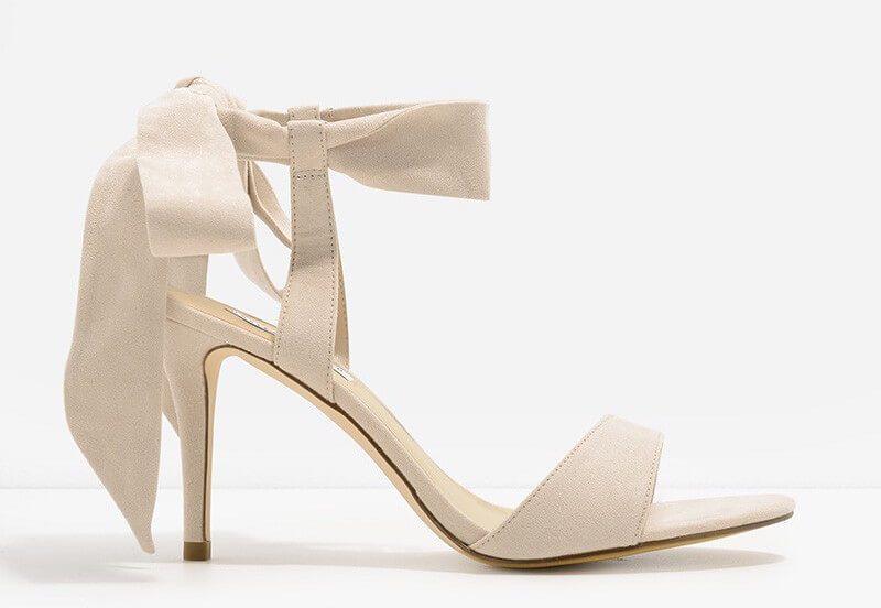 蝴蝶結裸色高跟鞋