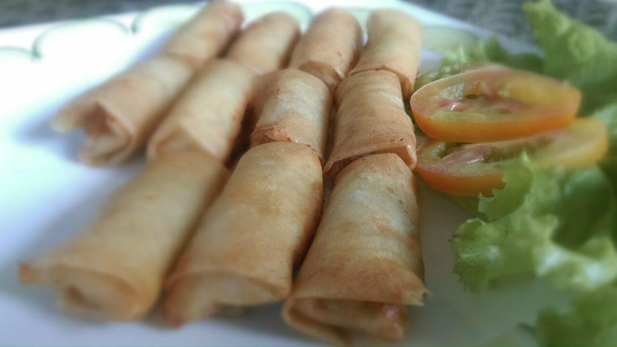 當地人都這樣吃!越南必吃小吃top10,河粉、法式三明治…美食這樣呷