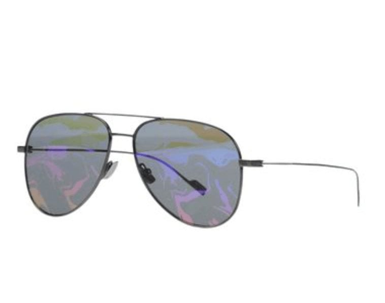 Ray-Ban aviator sunglasses with pink lens