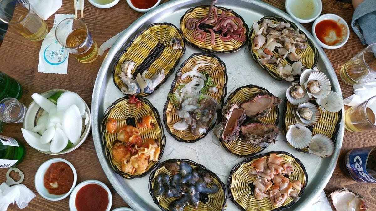 韓國旅遊吃不停!釜山南浦洞美食&景點推薦,蔘雞湯、黑糖餅我來啦