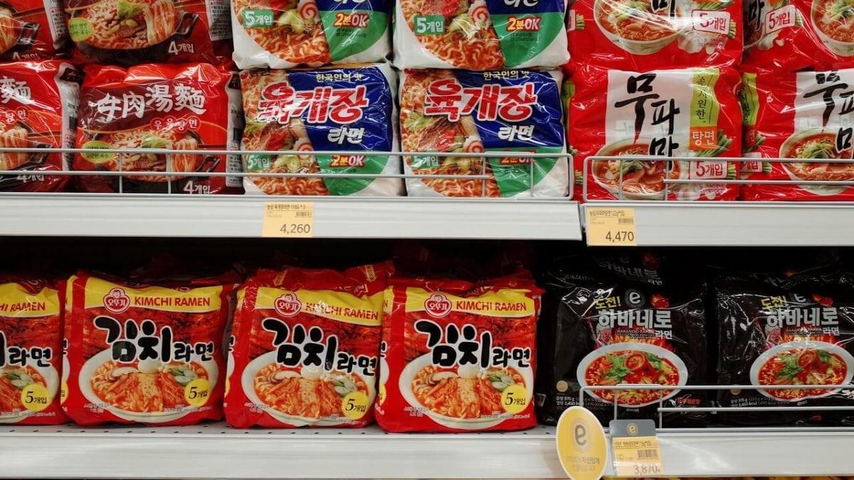 才不只辛拉麵呢!人氣超夯韓國泡麵必買推薦,到韓國超市狂掃貨吧