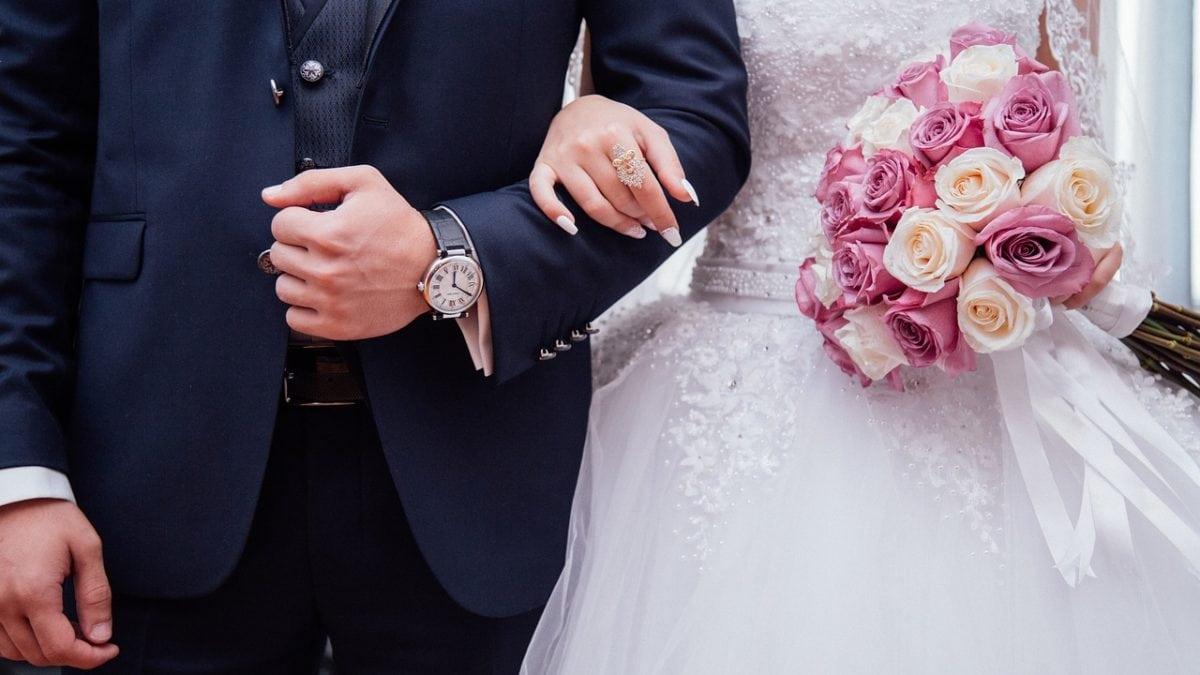 準新人必讀!10個訂婚流程儀式介紹,訂婚六禮&回禮準備懶人包