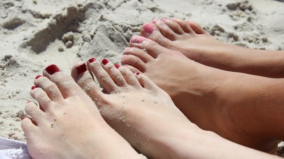 如何保養腳指甲?3個腳指甲保養DIY妙招,征服涼鞋簡單又省錢