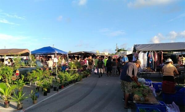 迪迪多早市Dededo Flea Market