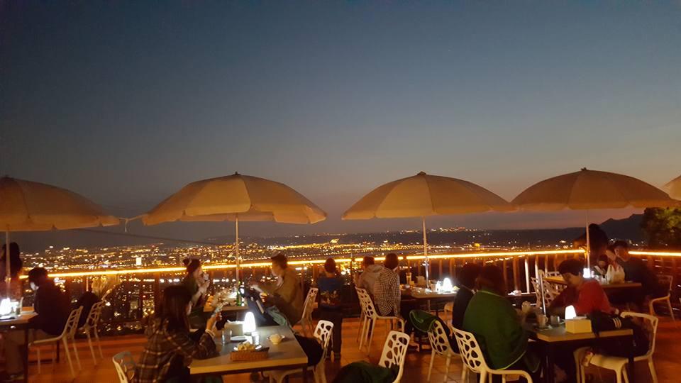 夜。後花園 景觀餐廳