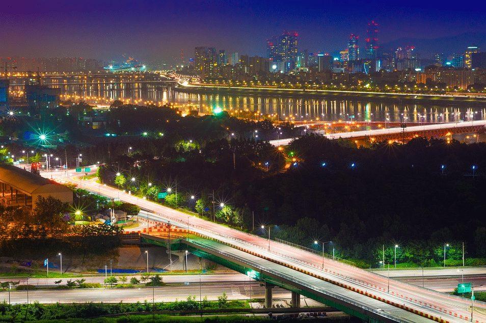 應峰山夜景