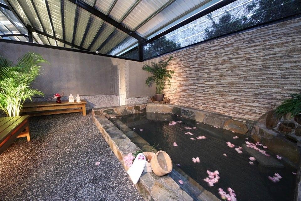 宜蘭礁溪 春水笈溫泉湯屋