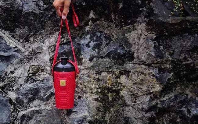 韓國 BEDDY BEAR 開芯能量可背式手提保溫保冷水壺