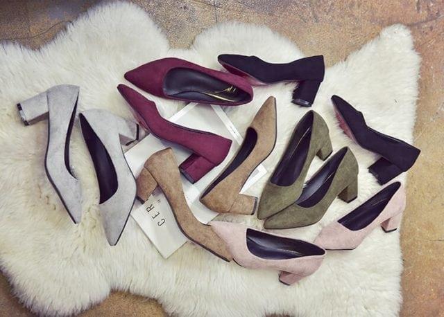 粗跟絨面鞋