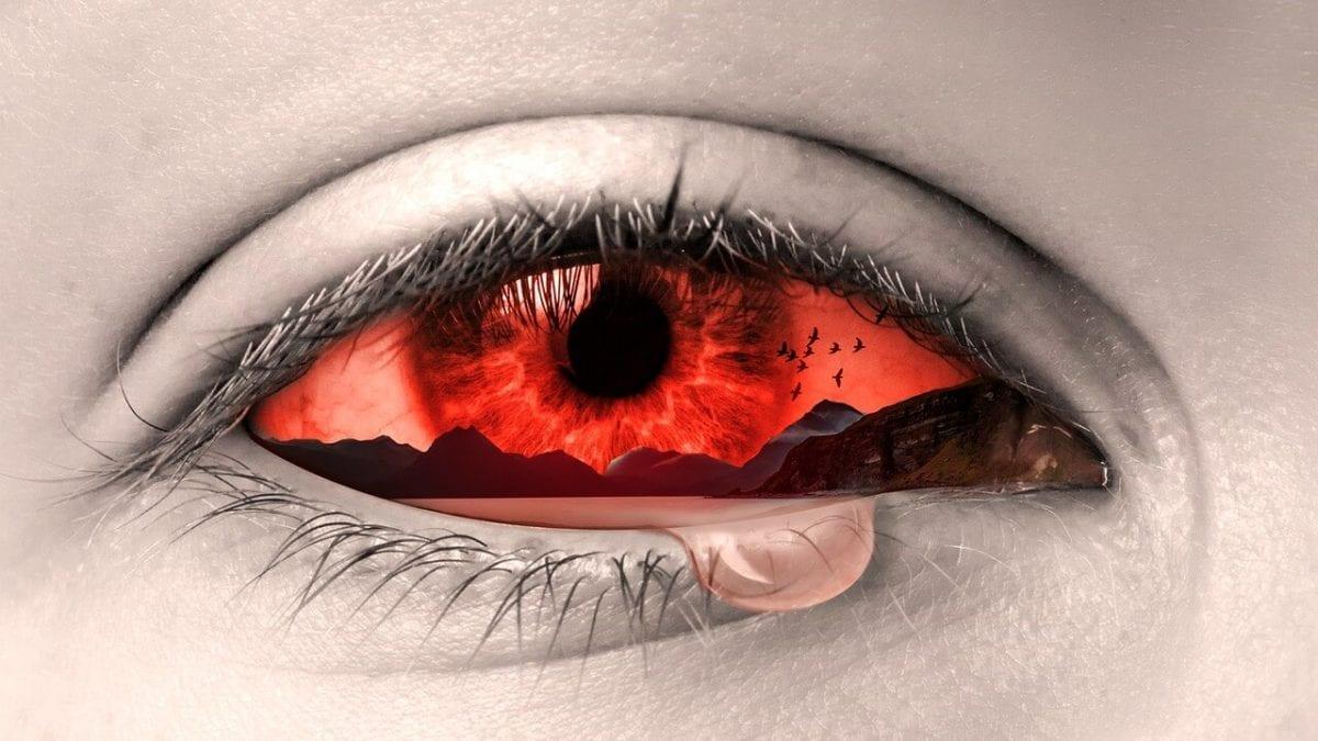 眼壓高怎麼辦?上班族必備降眼壓小物,幫你舒緩頭痛症狀
