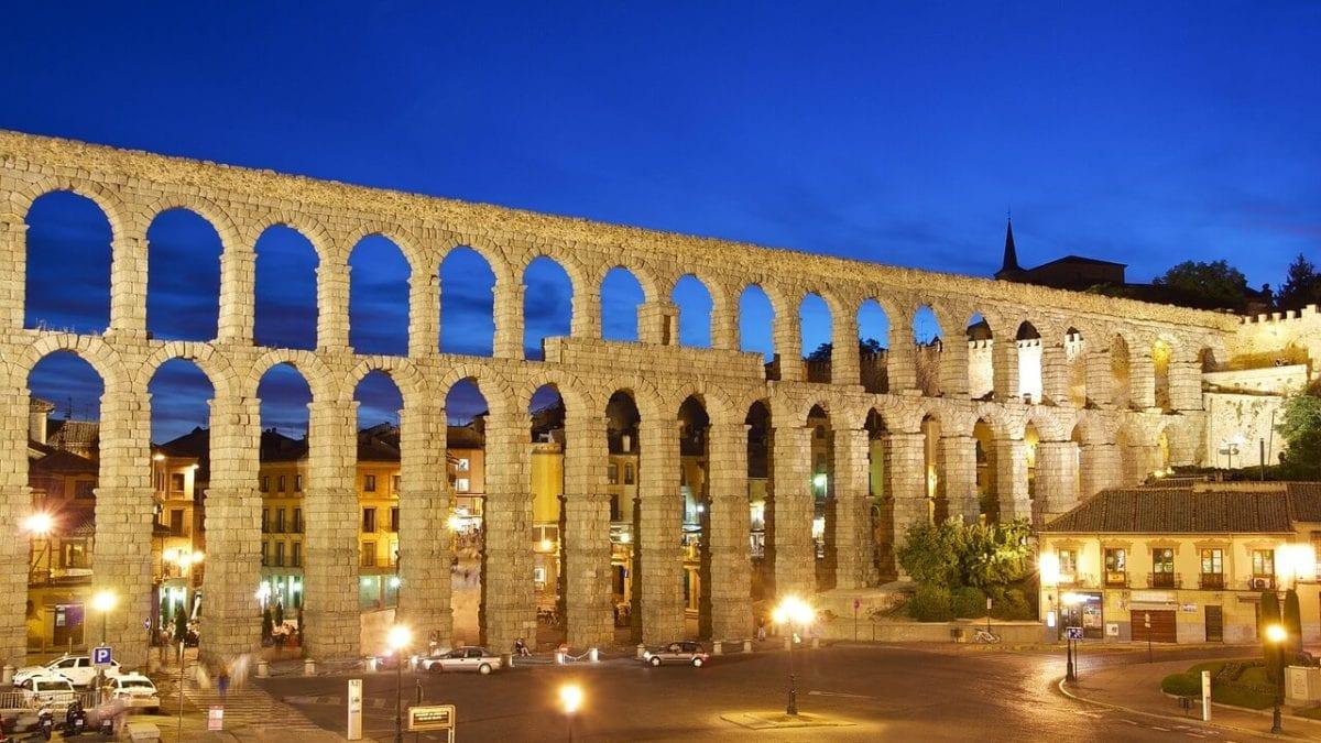西班牙塞哥維亞Segovia旅遊攻略:交通、景點、美食、住宿一篇上手!