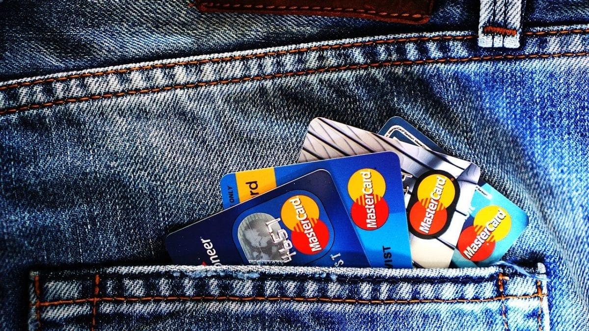 現金回饋信用卡推薦評比,國內外網購、旅遊通通都能無腦刷