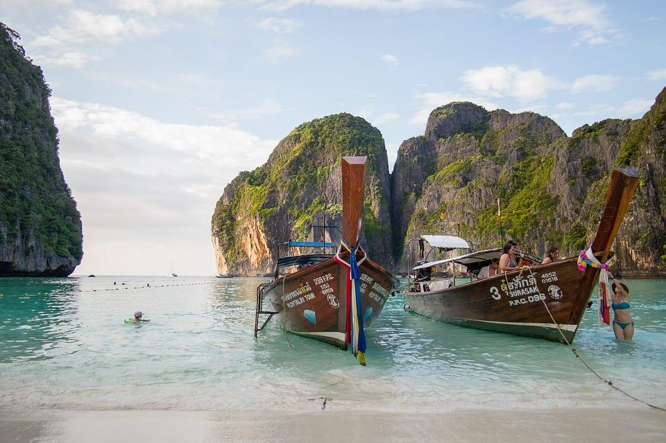 第一次去泰國自由行?行前必看Q&A:飲食、住宿、計程車、換匯情報