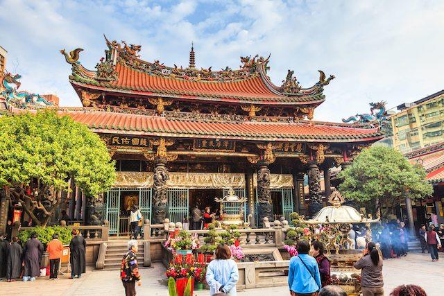 想脫單看過來!超靈驗台北3大月老廟,求紅線、求桃花的戀愛神攻略