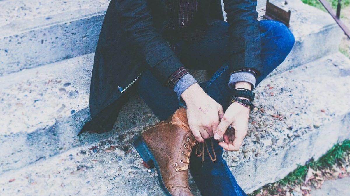 讓你一秒變歐巴!連帽長版、經典英倫風…型男風衣外套推薦top10