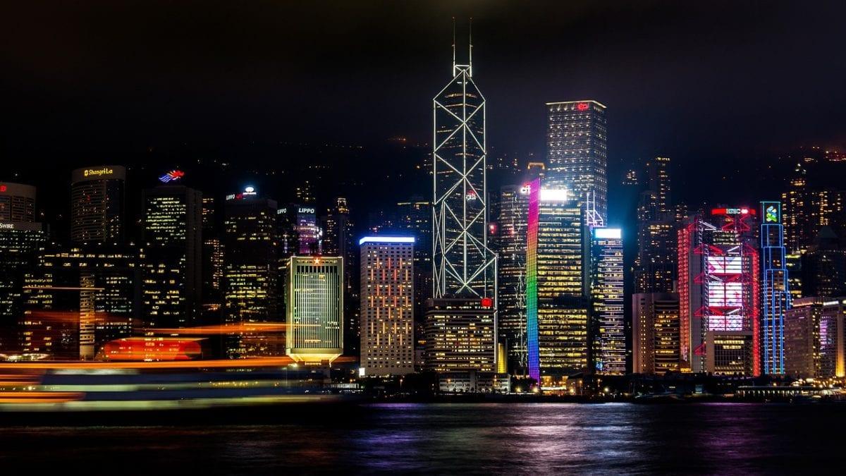 香港自由行 看夜景私房景點6選:太平山、尖沙嘴海邊..越夜越美麗!