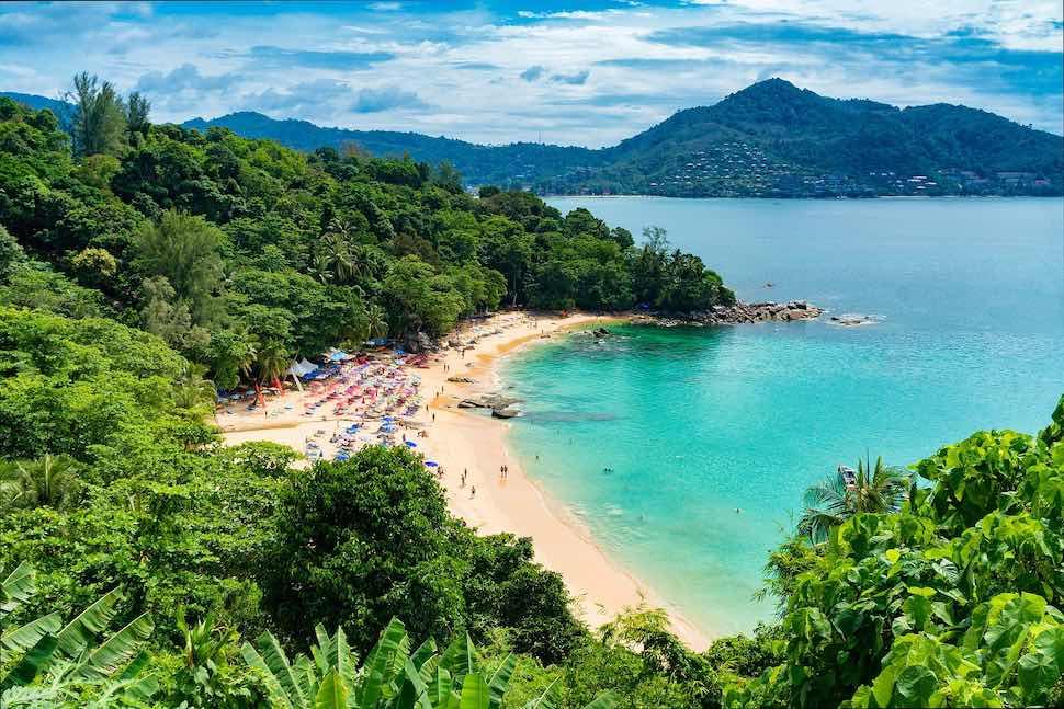 泰國海島旅遊 10大普吉島自由行景點推薦,沙灘、寺廟、夜生活好好玩