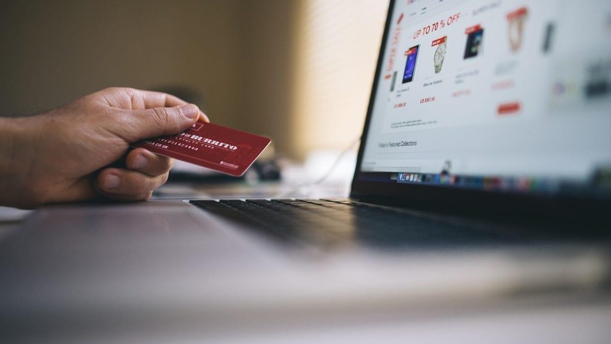 小白輕鬆辦!2019 免年費信用卡推薦top10,高CP值超好養+優惠回饋多